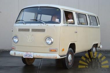 Volkswagen T2B 1972